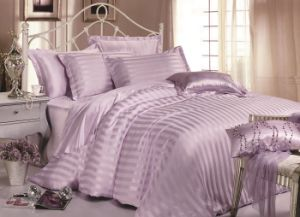 Taihu Snow Silk Wholesale High Quality Comforter Silk Bedding Set pictures & photos