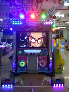 China Dancing Game Machine with Ce Hot Sale for Shopping Mall pictures & photos