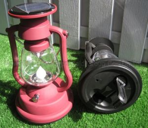 LED Solar Kerosene Lamp with CE RoHS Certifications