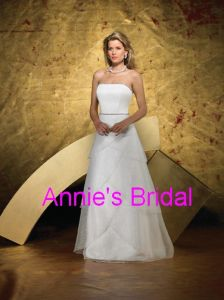 Wedding Dress (E082)