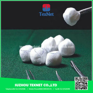 Medical Sterile Absorbent Dental Cotton Ball pictures & photos