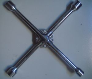 4 Way Carbon Steel Rim For Car Tire Wheel Repair Hand Tools Universal Cross Wrench