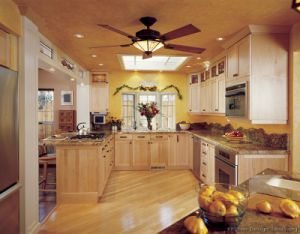 American Style Light Wood Kitchen Cabinet (lw2) pictures & photos