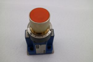2frm Flow Control Valve pictures & photos