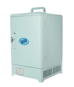 Mini Thermoelectric Cooler 15liter, DC12V AC100-240V for Cooling and Warming Application pictures & photos