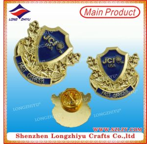 Good Quality and Beautiful Design Metal Badge Pin pictures & photos