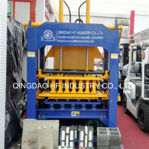 Qt4-15 Commercial Electric Interlocking Cement Brick Making Machine pictures & photos