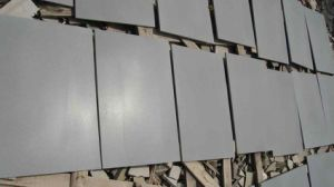 Honed/Polished/Bush-Hammered/Grey/Dark Basalt for Tiles/Slabs/Countertop/Flooring Tiles/Pavers pictures & photos