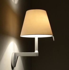Aluminum Wall Lamp with Adjustable Fabric Shade (WHW-885) pictures & photos