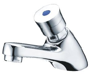 Hot and Cold Delayed Time Faucet/Mixer Top Tap (D-31) pictures & photos