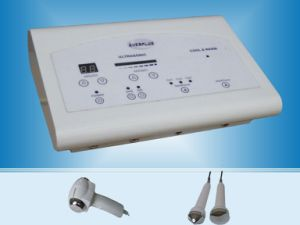 Hot and Cold Facial Hammer with Ultrasonic 2 in 1 Beauty Machine B-8016 pictures & photos