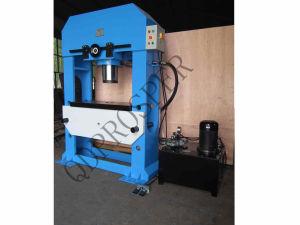 Workshop Hydraulic Press Machine (200T 300T)