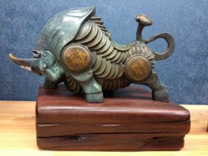 The Brass Crafts of The Fortune Bull for Home and Hotel Decoration