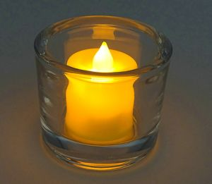 Retro Vintage Tea Light Colored Glass Craft Glass Candle Holder pictures & photos