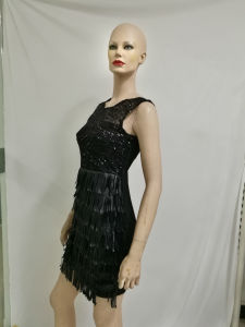 2017 Wholesale Women Party Dress Sleeveless Feather Paillette Patchwork Little Black Dress pictures & photos