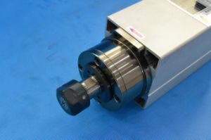 2.2kw Air-Cooling CNC Spindle Gdf46-18z/2.2 pictures & photos