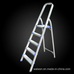Made in China 4 Step Folding Attic Aluminum Ladder pictures & photos