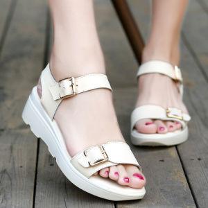 les sandales sandales les de cuir faible des femmes de chine plat coins sandales de chaussures d'été f18983