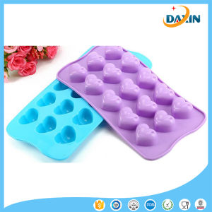 Heart Shape Food-Grade Silicone Cake/Chocolate Mold pictures & photos