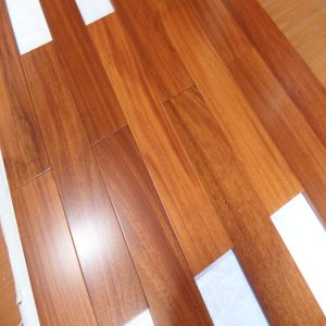 Indoor New Design Smooth Iroko Solid Wood Flooring