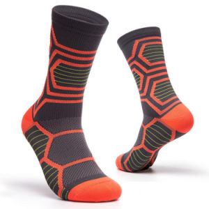 Wholesale China Factory Fashion Pattern Sports Stocking Team Cycling Hose Crew Sport Socks for Men
