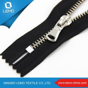 Fashion High Polished 3# Two Way Metal Zipper for Sale pictures & photos