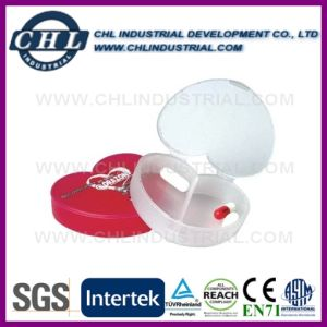 Heart Shaped Plastic Pill Container manufacturer with Metal Keyring pictures & photos