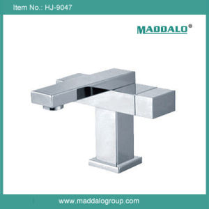 Fashional Design Dual Handle Brass Square Faucet (HJ-9047)