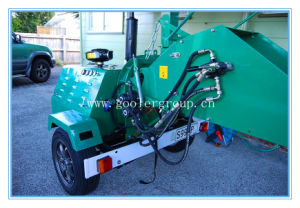 Compare Yanmar Diesel Wood Chipper DH-40, Trailer Mounted Hydraulic Feeing Rolls pictures & photos