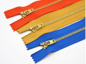 4# Metal Zipper with Brass Material for Stock Price pictures & photos