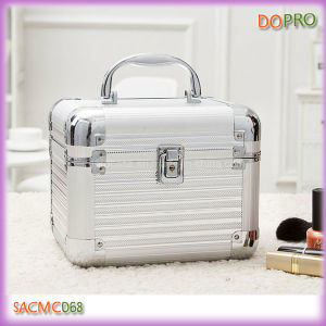 China 3 In 1 Silver Small Makeup Storage Case With Locks Sacmc068