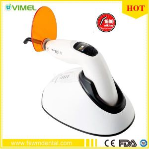 Dental Equipment Woodpecker LED Curing Light LED. F Original Battery pictures & photos
