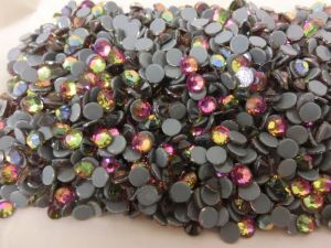 Wholesale Round Crystal Flat Back Hotfix Rhinestone for Garments pictures & photos
