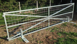 Pregalvanized Steel Tube Welded Direectly Farm Gate pictures & photos