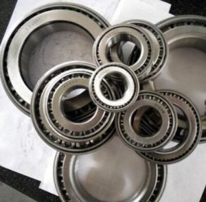 32316 SKF Bearing 80*170*61.5mm Tapered Roller Bearing pictures & photos