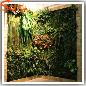 Hot Sale and Fascinating Artificial Glass Wall pictures & photos