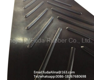 Polyester (ep) Chevron Rubber Belts pictures & photos