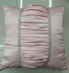 Hand-Made Decorative Cushion Hand-Sewing Diamond-Tape Pillow (XPL-30) pictures & photos