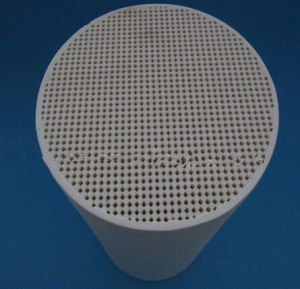 Honeycomb Ceramic Substrate Cordierite Diesel Particulate Filter DPF pictures & photos