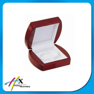 Custom Made Gloss Lacquered Wooden Jewelry Display Box pictures & photos