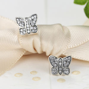 Simple Design Stampled 925 Sterling Silver Butterfly Earring pictures & photos