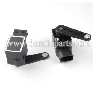 Headlight Level Sensor 4b0907503 for Audi pictures & photos