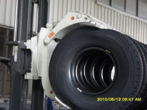 Hydraulic Stacking Forklift Tire Clamp pictures & photos