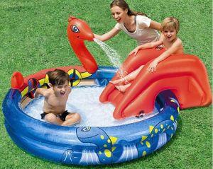 China Pvc Slide Sprinkler Spraying Pirate Island Inflatable Pool