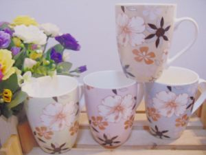 Top Quality and New Design Ceramic Mugs pictures & photos