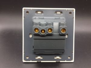 UL ISO9001 Europen 3gang Light Push Button Wall Switch pictures & photos