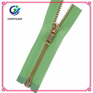 New Fashion Light Golden Finished Metal Zipper Puller