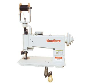 Universal Chain Hand-Operated Embroidery Machine pictures & photos