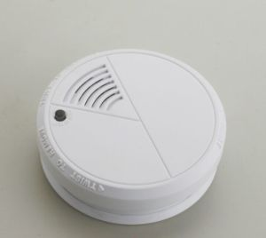 Photoelectric Stand Alone Smoke Alarm pictures & photos