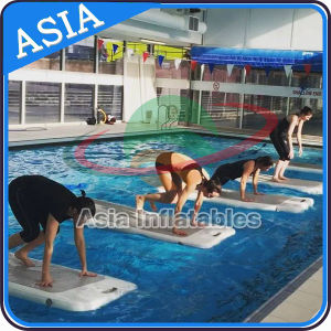 Inflatable Water Yoga Matt in Customized Size and Colors pictures & photos